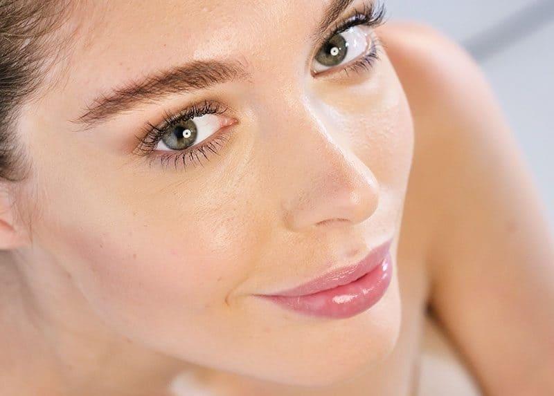 Comment garder un visage jeune naturellement?
