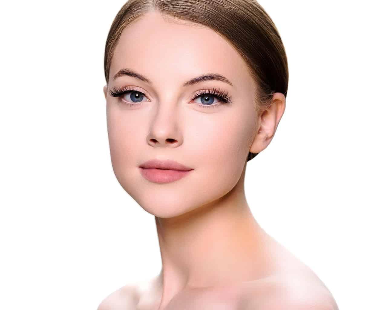 Comment resserrer naturellement la peau du visage?